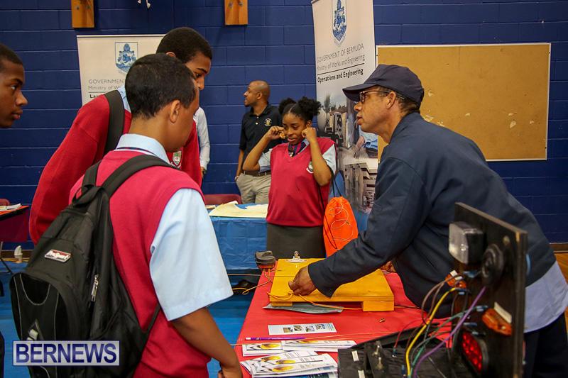 CedarBridge-Academy-Vocational-Career-Fair-Bermuda-April-22-2016-30