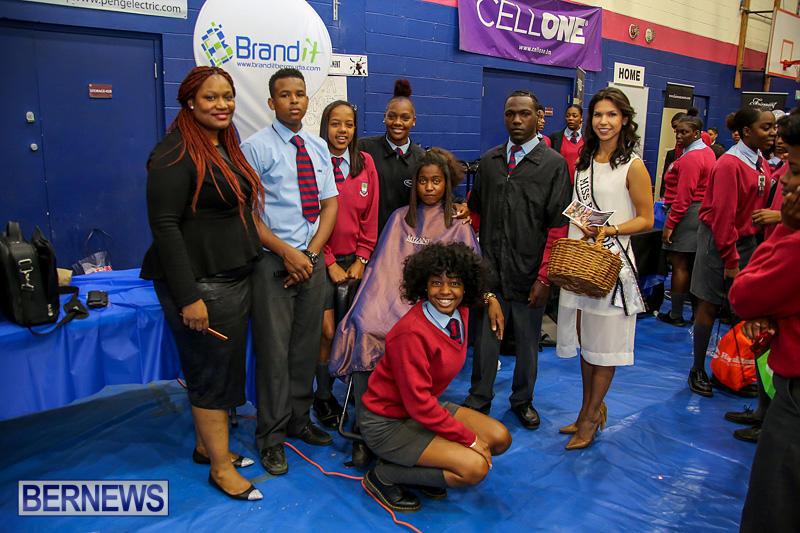 CedarBridge-Academy-Vocational-Career-Fair-Bermuda-April-22-2016-44