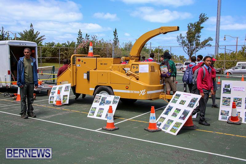 CedarBridge-Academy-Vocational-Career-Fair-Bermuda-April-22-2016-6