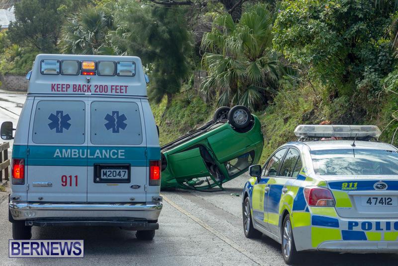 Flipped Car Somerset Bermuda, April 24 2016 (1)