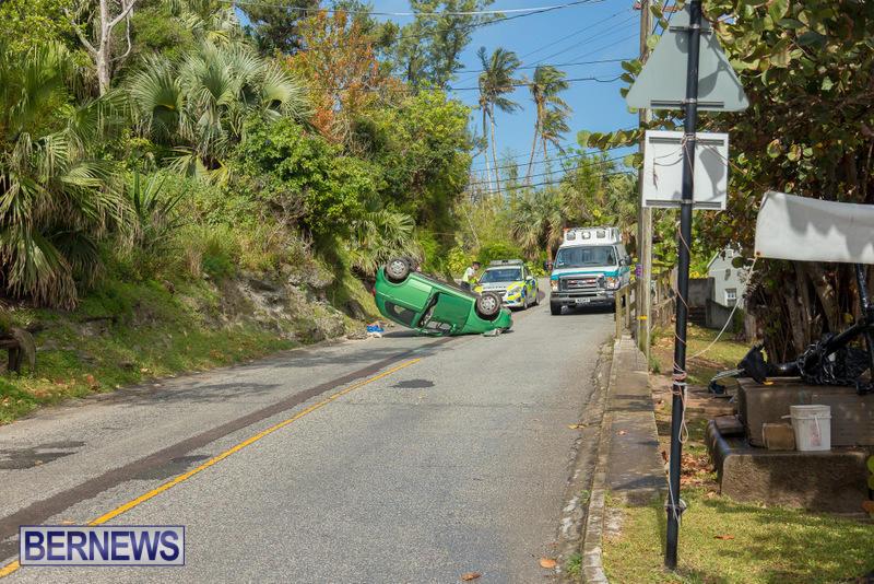 Flipped Car Somerset Bermuda, April 24 2016 (4)