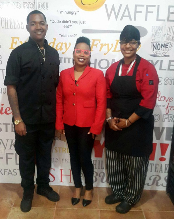 Restaurant-FryDays-Bermuda-April-13-2016-8gg