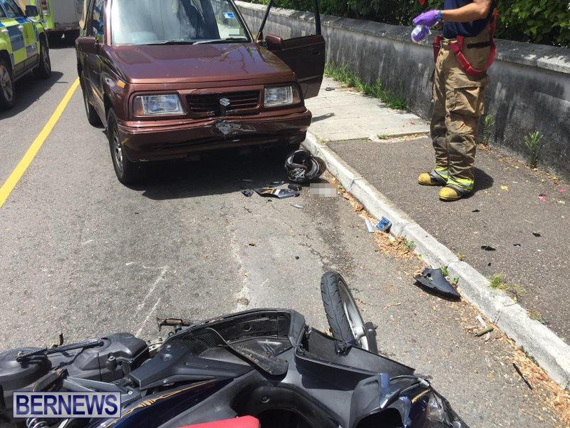 Collision Berkeley Road Bermuda, May 21 2016 (3)