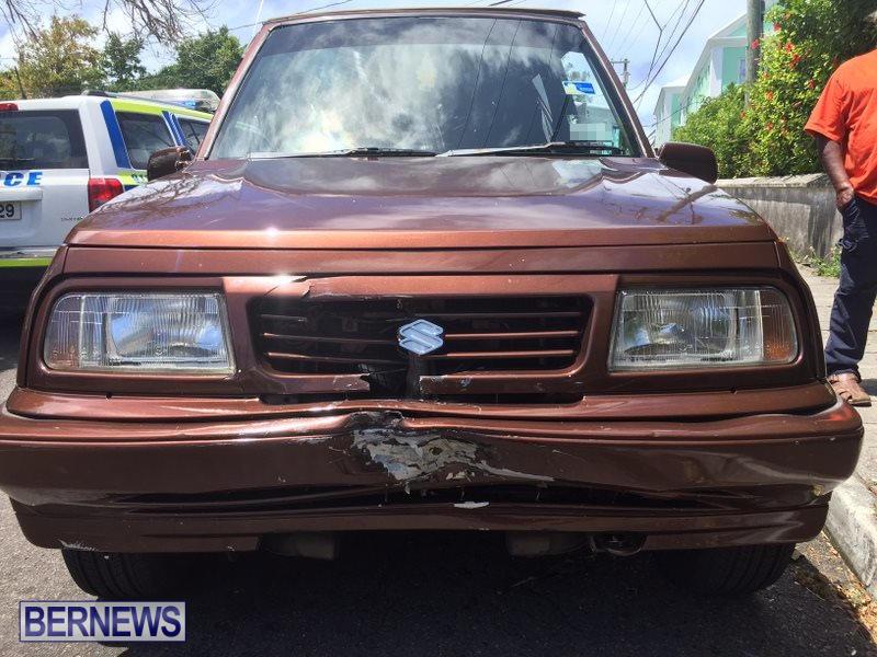 Collision Berkeley Road Bermuda, May 21 2016 (5)