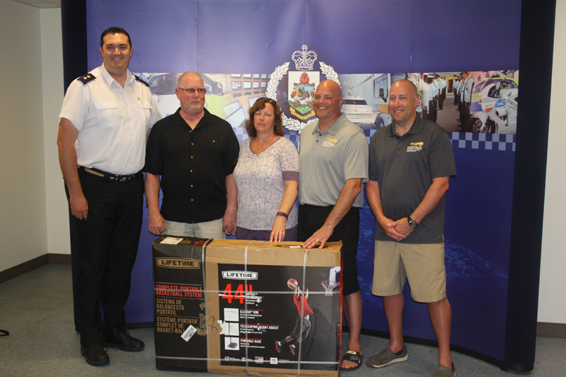 Police and Fire Donate Bermuda May 12 2016 (1)