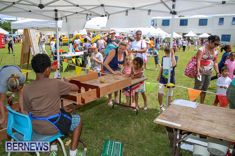Somersfield-Academy-Fair-Bermuda-May-14-2016-46