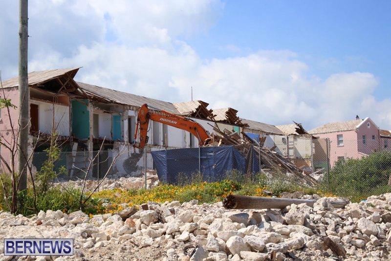 Victoria-Row-demolishing-Bermuda-May-2016-3