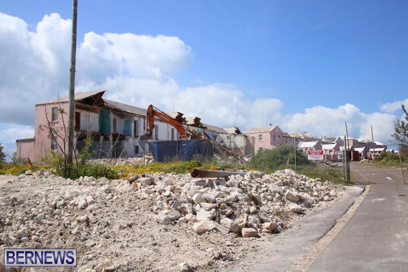 Victoria-Row-demolishing-Bermuda-May-2016-5