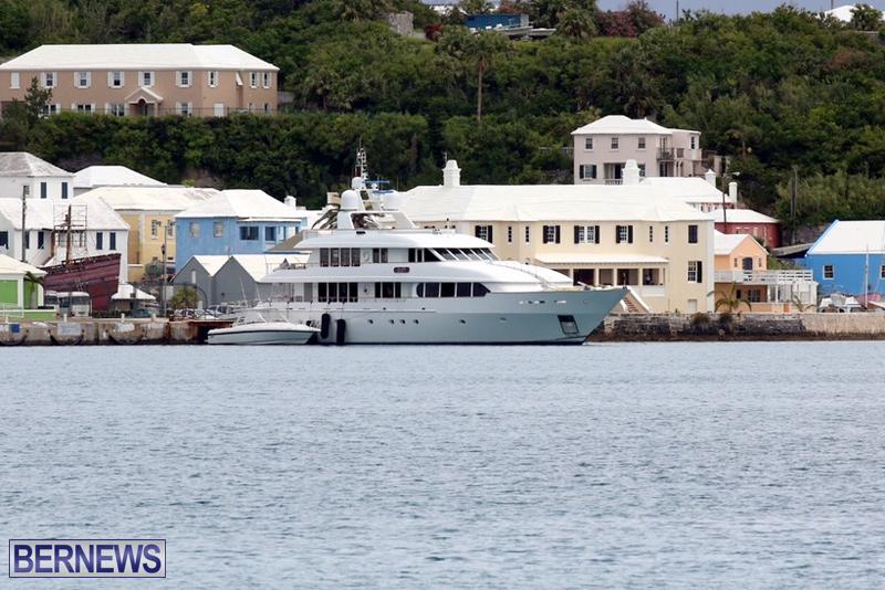 rockstar-boat-in-bermuda-may-2016-1