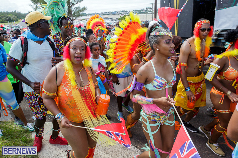 BHW-Parade-of-Bands-Bermuda-Carnival-GT-2016-18