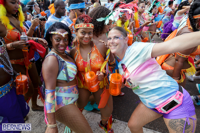 BHW-Parade-of-Bands-Bermuda-Carnival-GT-2016-29