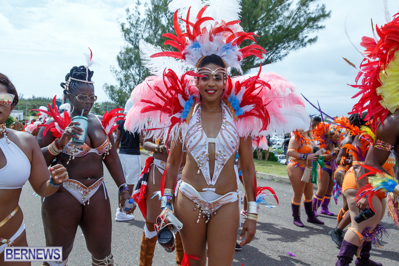 BHW-Parade-of-Bands-Bermuda-Carnival-GT-2016-68