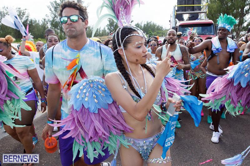 BHW-Parade-of-Bands-Bermuda-Carnival-GT-2016-9