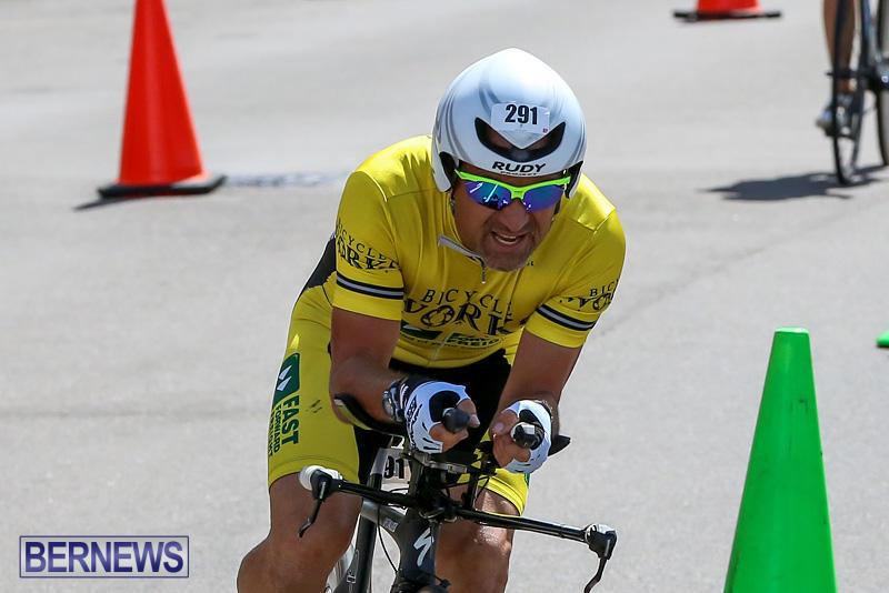 Tokio-Millennium-Re-Triathlon-Cycle-Bermuda-June-12-2016-110