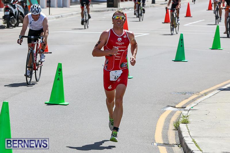 Tokio-Millennium-Re-Triathlon-Run-Bermuda-June-12-2016-13
