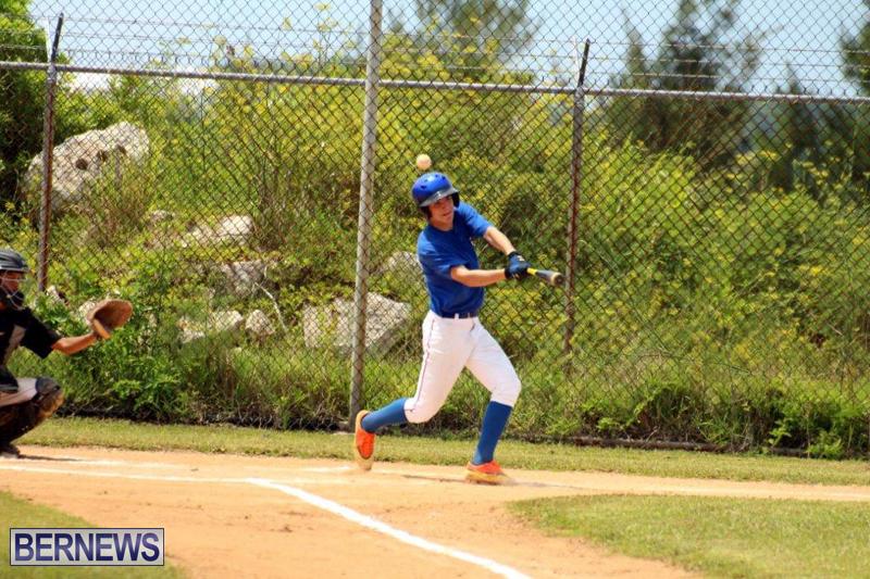 Yao-Baseball-Cubs-Marlins-Bermuda-June-29-2016-1