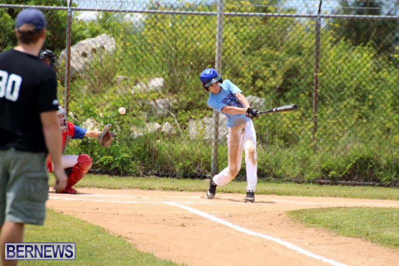 Yao-Baseball-Cubs-Marlins-Bermuda-June-29-2016-11