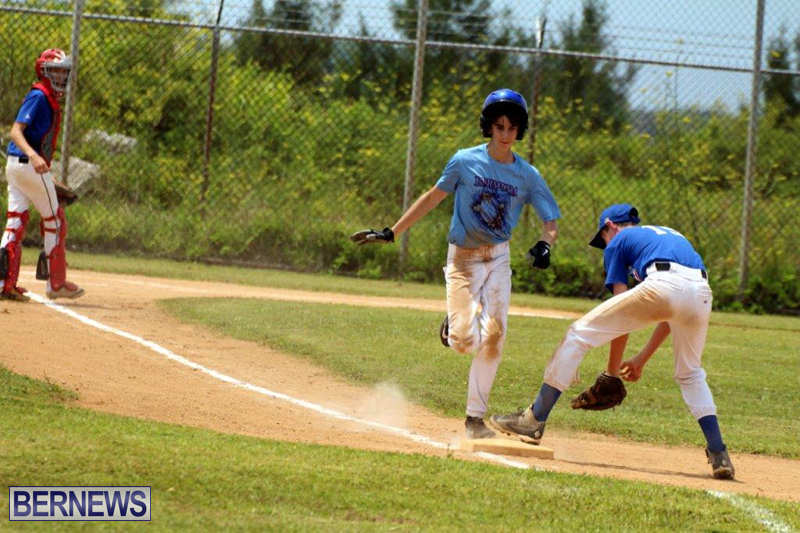 Yao-Baseball-Cubs-Marlins-Bermuda-June-29-2016-16