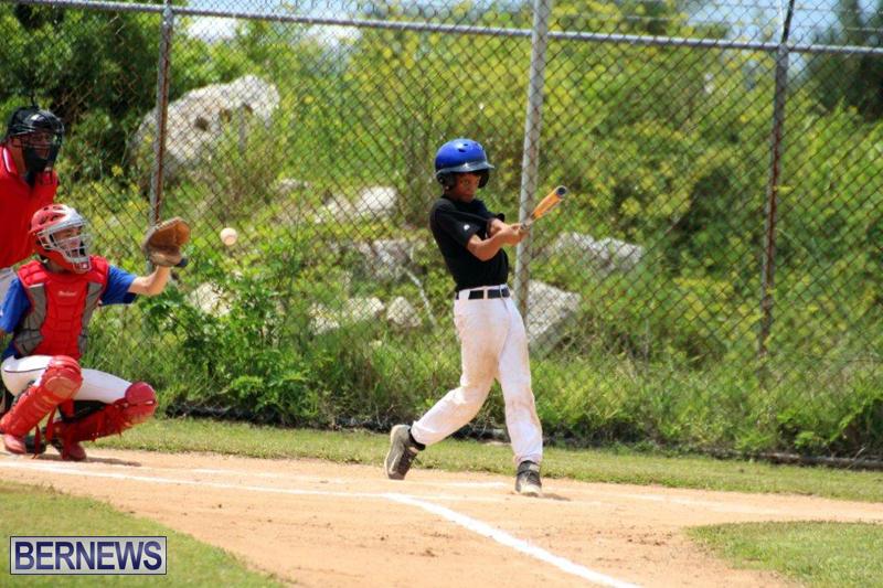 Yao-Baseball-Cubs-Marlins-Bermuda-June-29-2016-19