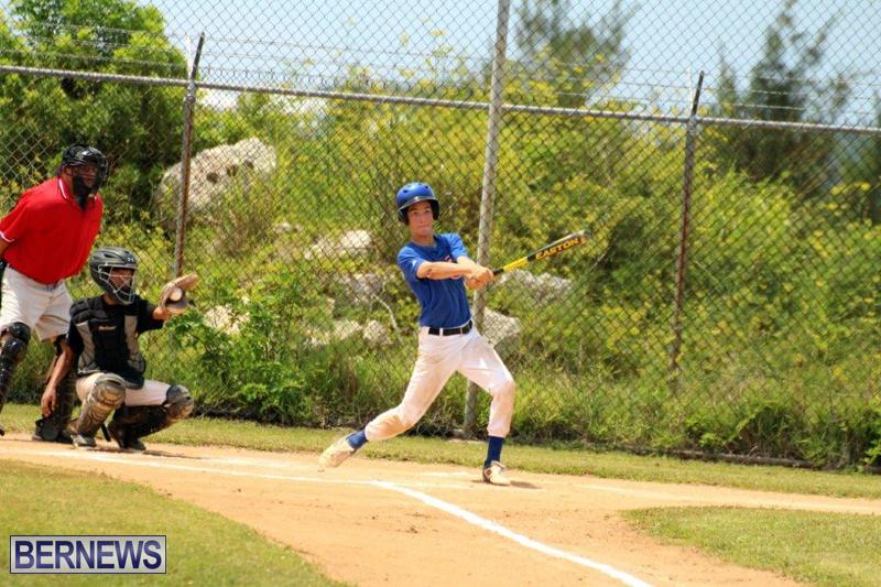 Yao-Baseball-Cubs-Marlins-Bermuda-June-29-2016-5