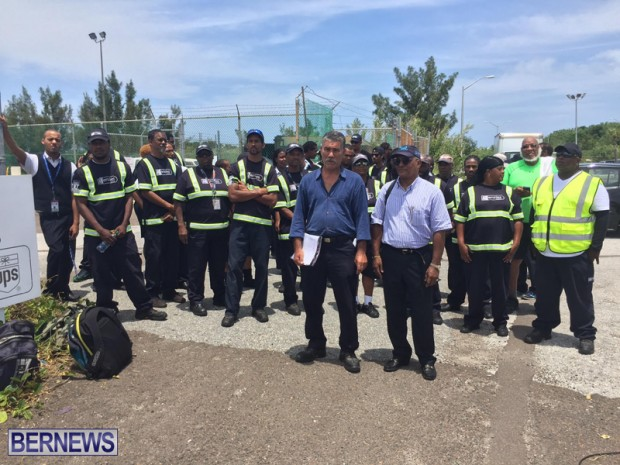 airport workers June 9 2016 (5)