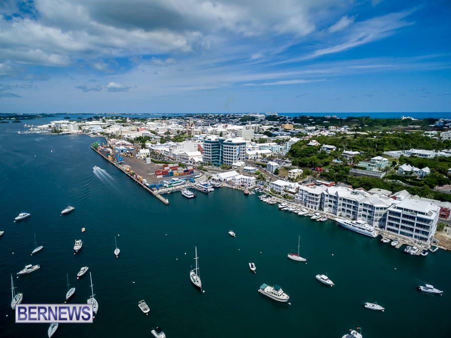 435 - Hamilton from air Bermuda Generic July 2016