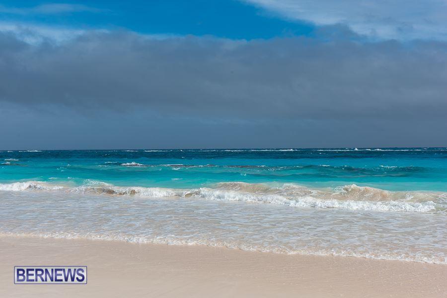 446 - Overcast Sky Bermuda Generic July 2016