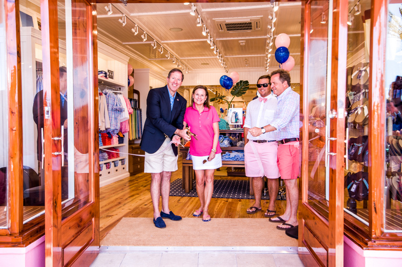 Bermuda Vineyard Vines Opening Hamilton 2016 July (12)