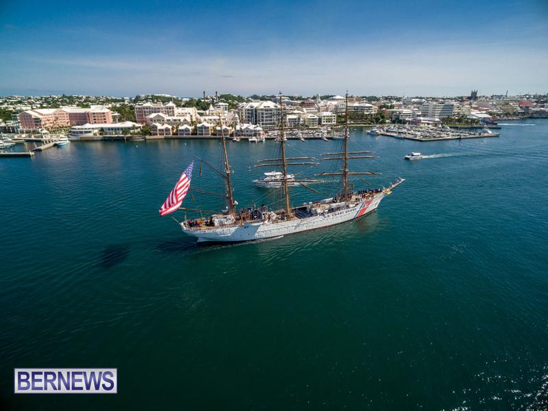 Eagle Enters Hamilton Bermuda July 13 2016 (1)