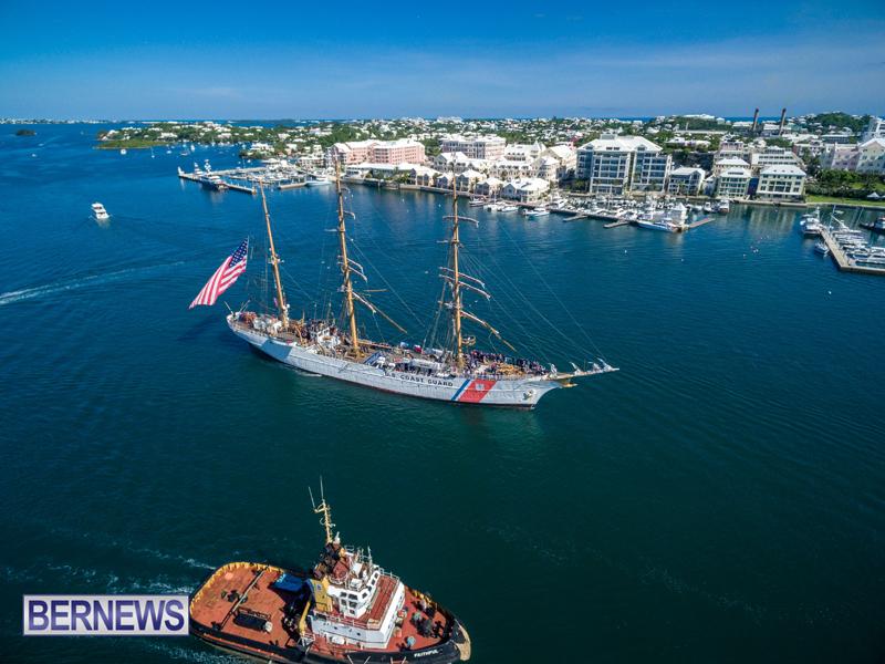 Eagle Enters Hamilton Bermuda July 13 2016 (3)