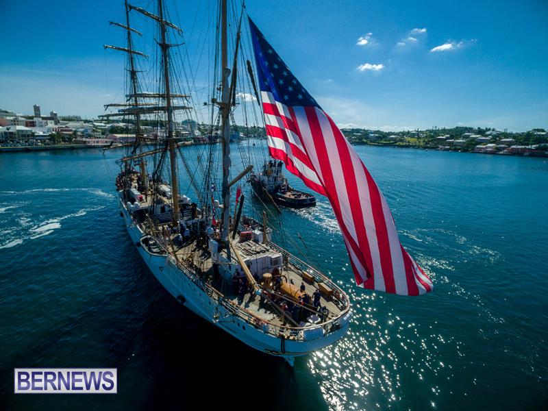 Eagle Enters Hamilton Bermuda July 13 2016 (4)