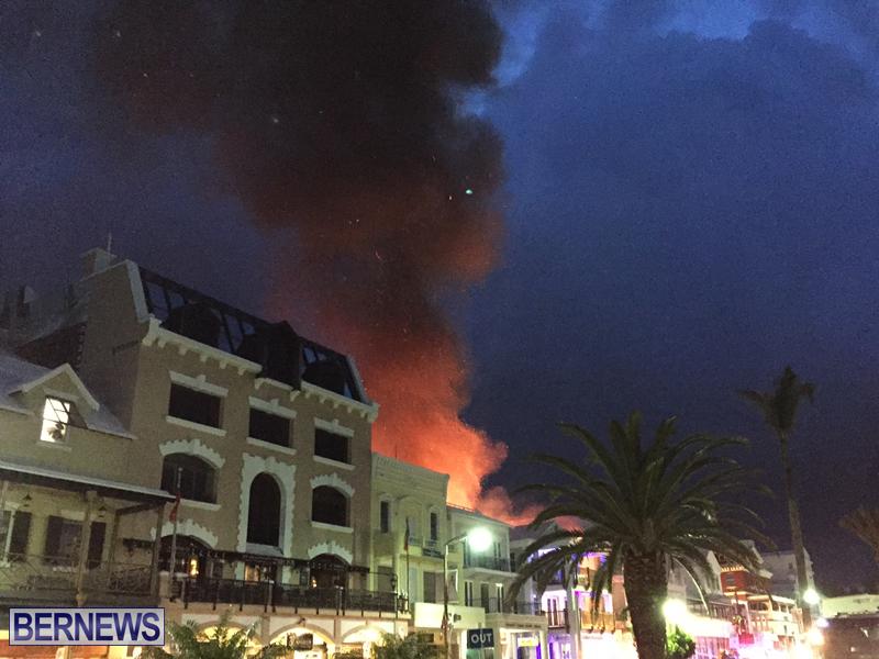 Fire-on-Front-Street-Bermuda-July-2016-2-6