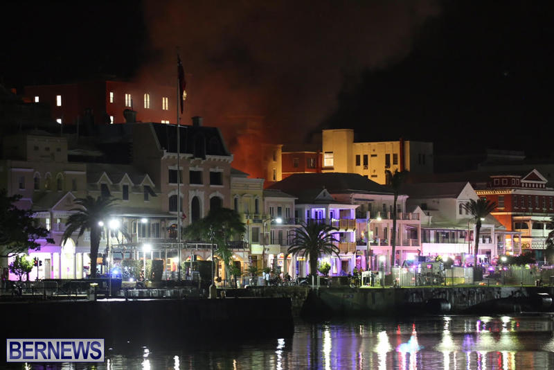 Fire on Front Street Bermuda July 21 2016 (1)