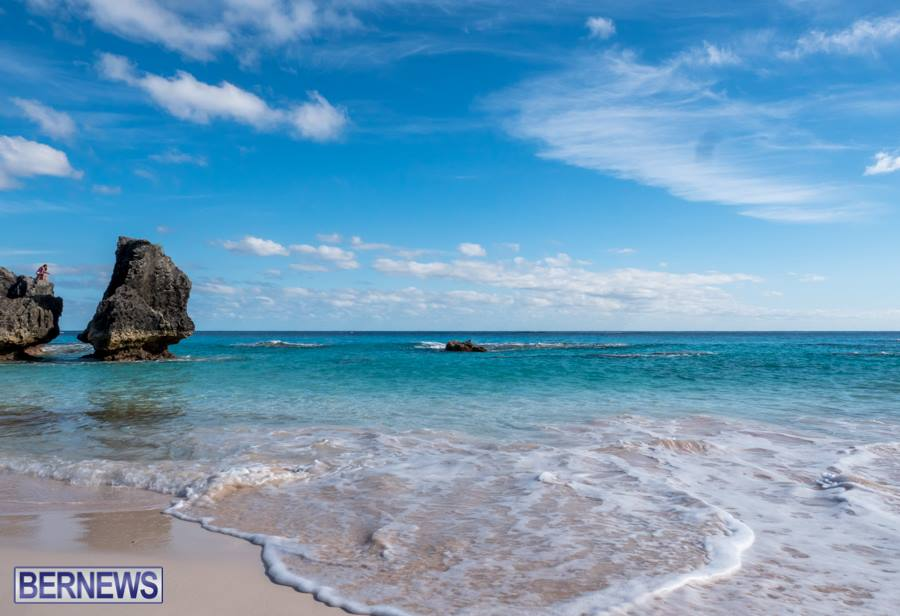 373 Surf Spills on South Shore Bermuda Generic August 2016