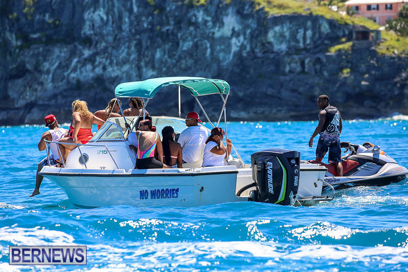 Around-The-Island-Power-Boat-Race-Bermuda-August-14-2016-162