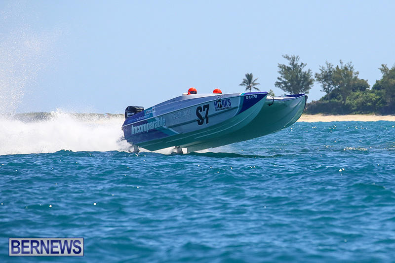 Around-The-Island-Power-Boat-Race-Bermuda-August-14-2016-251