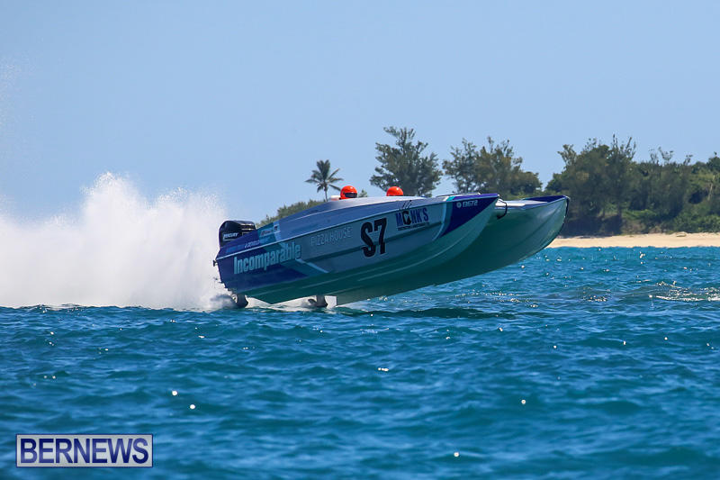 Around-The-Island-Power-Boat-Race-Bermuda-August-14-2016-252