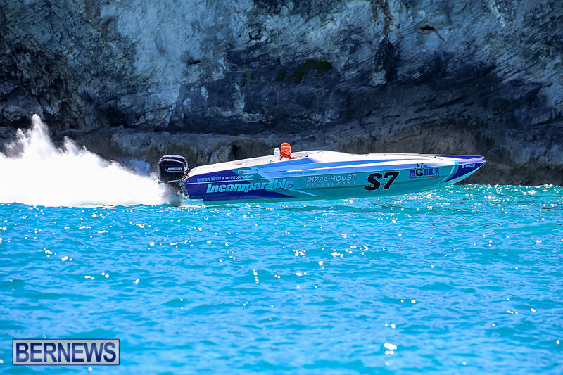 Around-The-Island-Power-Boat-Race-Bermuda-August-14-2016-255