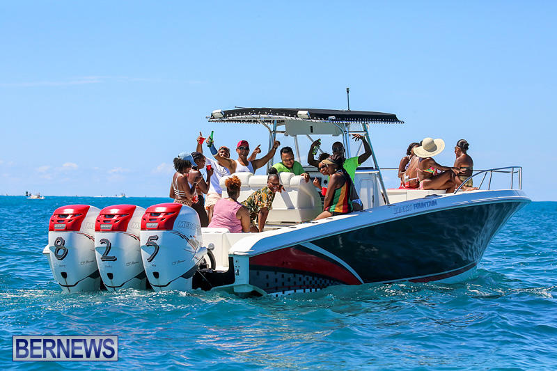 Around-The-Island-Power-Boat-Race-Bermuda-August-14-2016-260