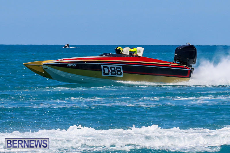 Around-The-Island-Powerboat-Race-Bermuda-August-14-2016-111