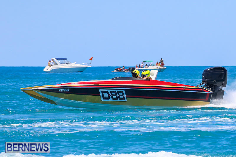 Around-The-Island-Powerboat-Race-Bermuda-August-14-2016-112