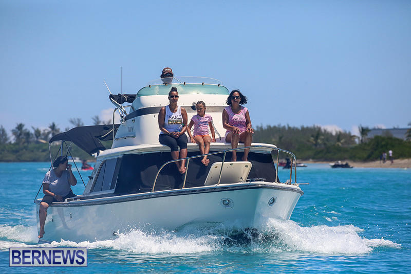 Around-The-Island-Powerboat-Race-Bermuda-August-14-2016-18