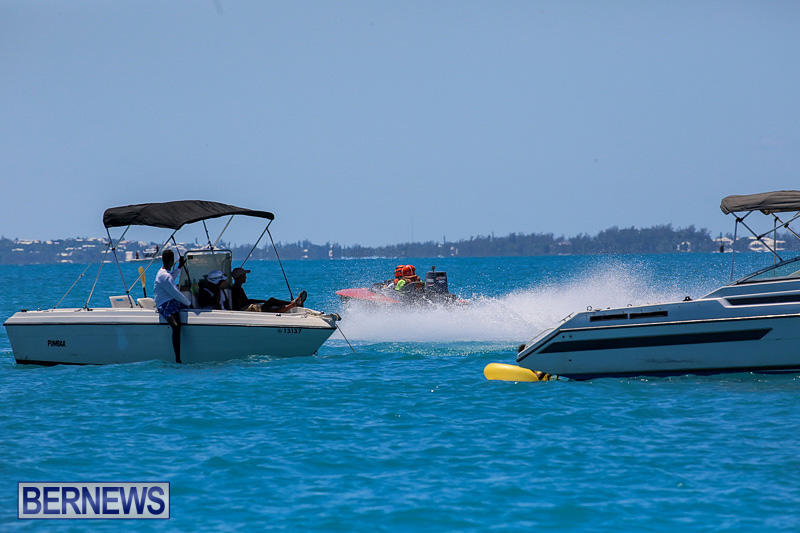 Around-The-Island-Powerboat-Race-Bermuda-August-14-2016-52