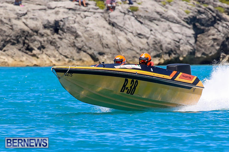 Around-The-Island-Powerboat-Race-Bermuda-August-14-2016-60