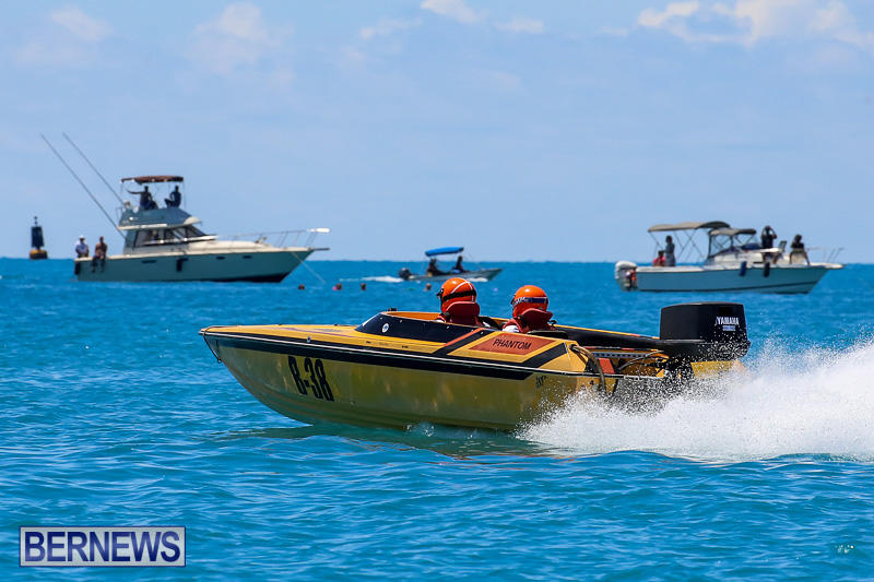 Around-The-Island-Powerboat-Race-Bermuda-August-14-2016-64
