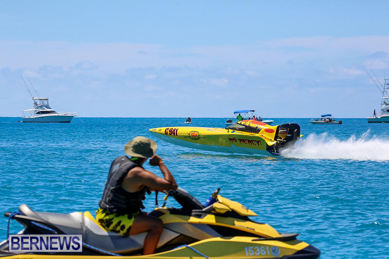 Around-The-Island-Powerboat-Race-Bermuda-August-14-2016-93