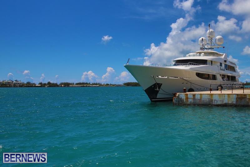 BOARDWALK yacht bermuda aug 2016 (1)