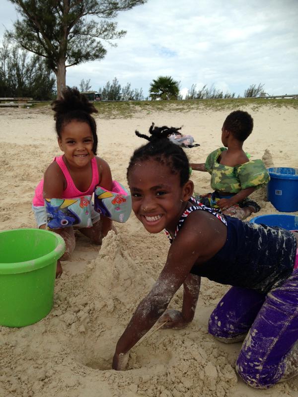 Bermuda Sand Sculpture August 2016 (2)