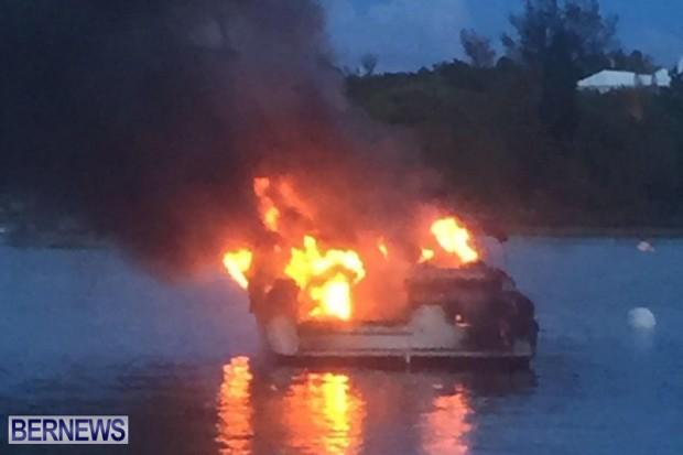 Boat Fire In Sandys Bermuda August 21 2016  (1)