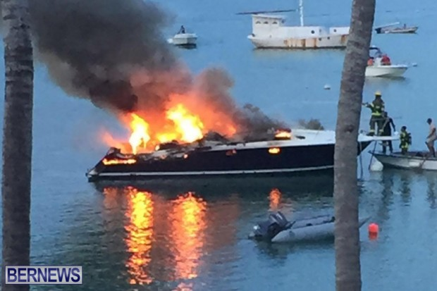 Boat Fire In Sandys Bermuda August 21 2016  (2)